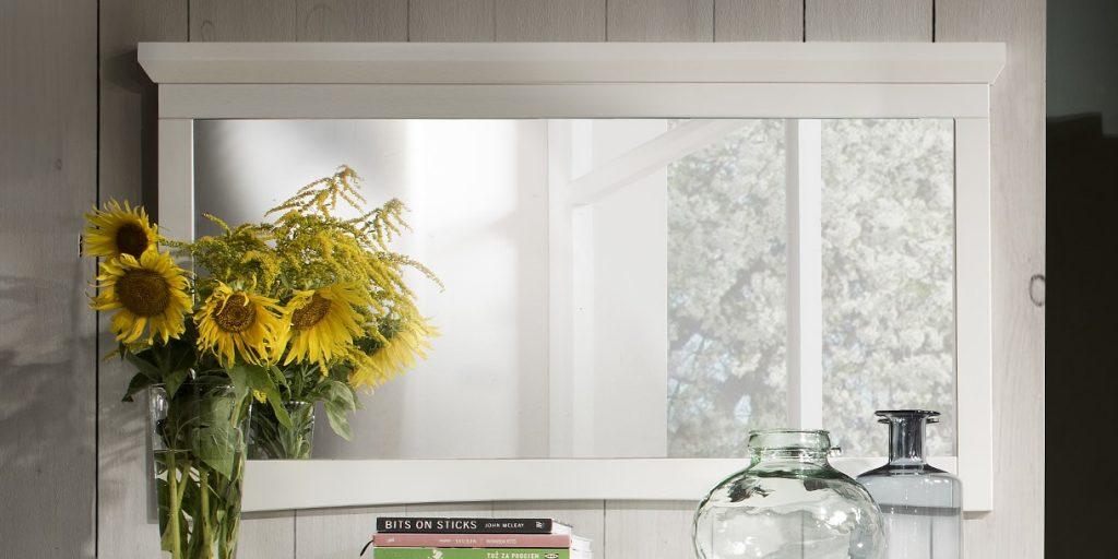 Витрина 2-дверная в стиле прованс (левосторонняя, дополнительное освещение) массив сосны, 67x202x44 см
